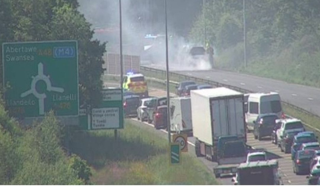 Traffic updates from Wales' roads as temperatures set to reach 26C